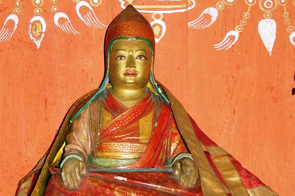 The history of Ogyen Choling begins with the visit of the great Tibetan master of Buddhism, Longchen Rabjam (1308-63)